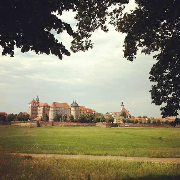 Schloß Hartenfels bei Torgau an der Elbe