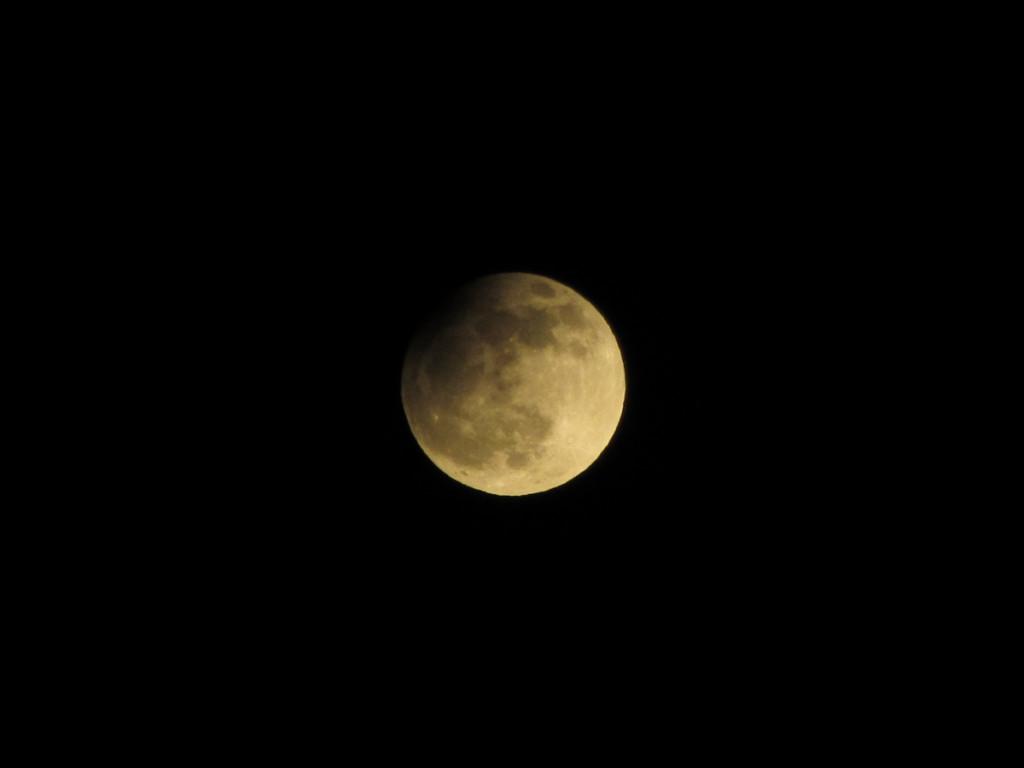 Partielle Mondfinsternis 25.04.2013