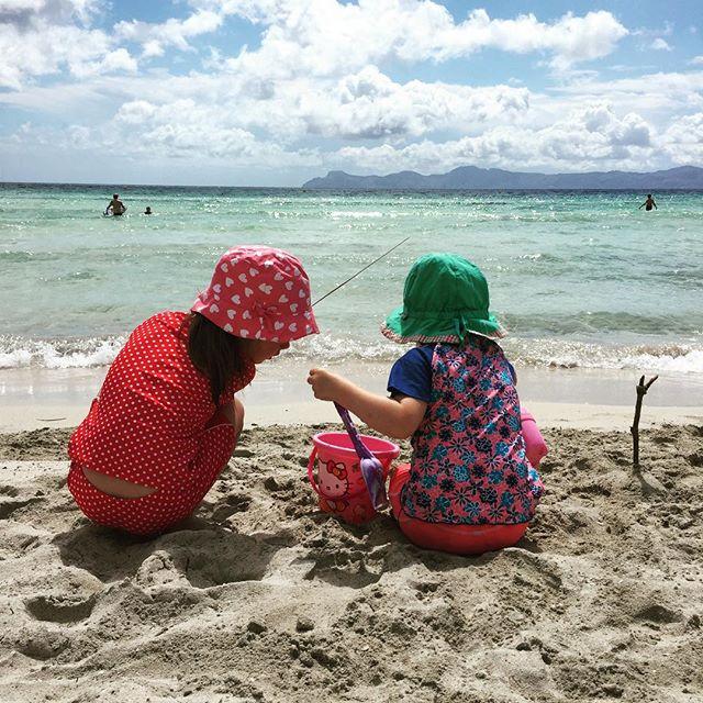 Sandeln am Strand #mygirls