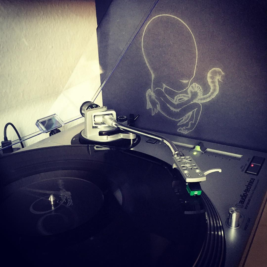 Listening to Ágætis byrjun by @sigurros. Still my favorite album. #nowspinning #vinyl #iceland #icelandicmusic #schallplatte