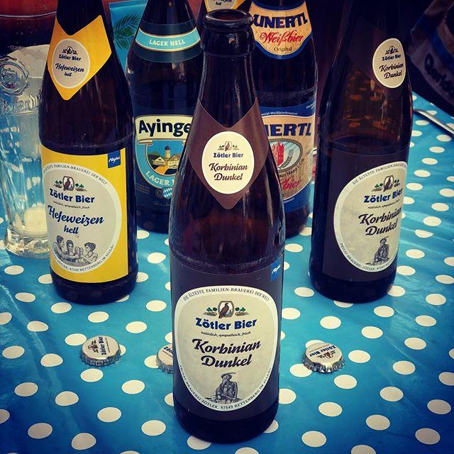 Zötler Korbinian Dunkel. Sehr feines Bier! Schmeckt nach Kaffee und Schokolade. 😋🍻👍🏻#bier