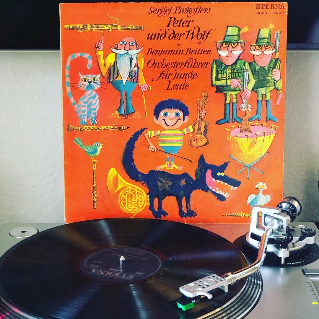 Peter und der Wolf. Die Kinder lieben es … #nowspinning #vinyl
